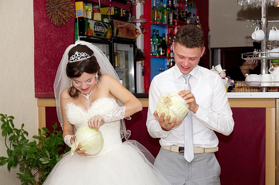 Стоит ли идти на свадьбу к бывшей